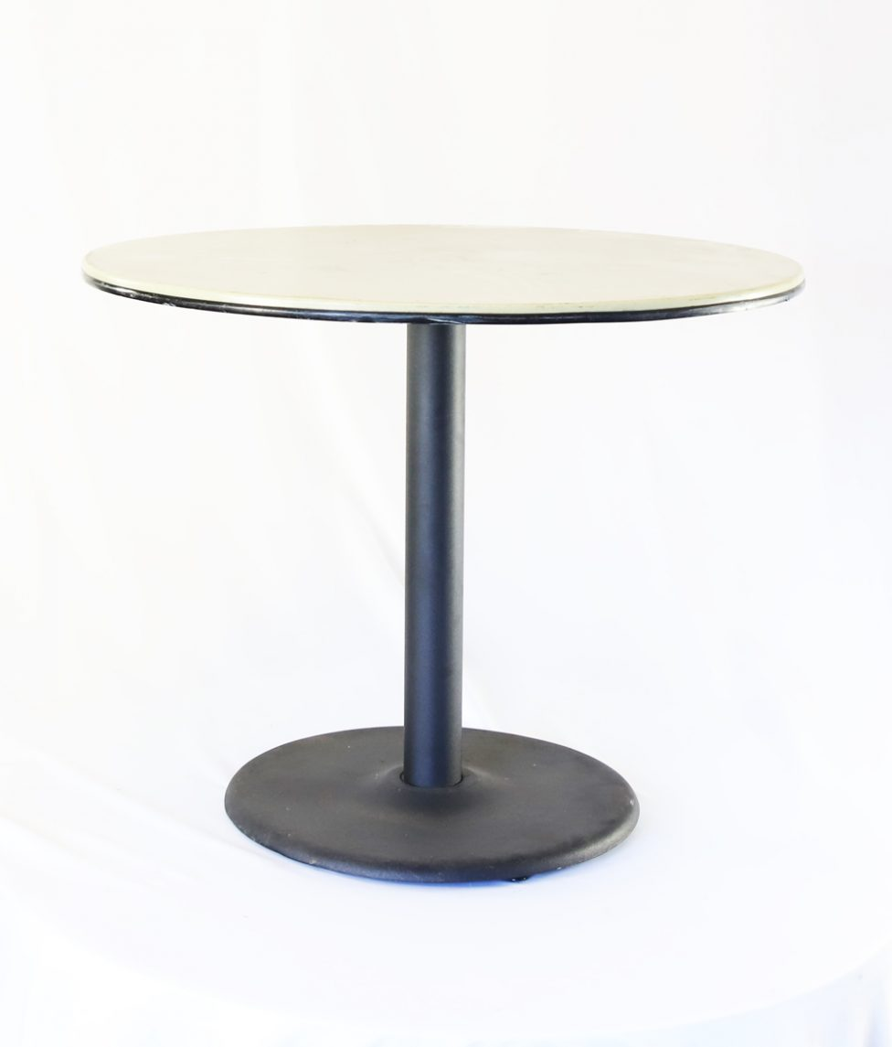36 Round Plastic Table