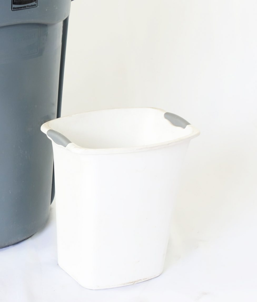 Small Wastebasket w_Liner